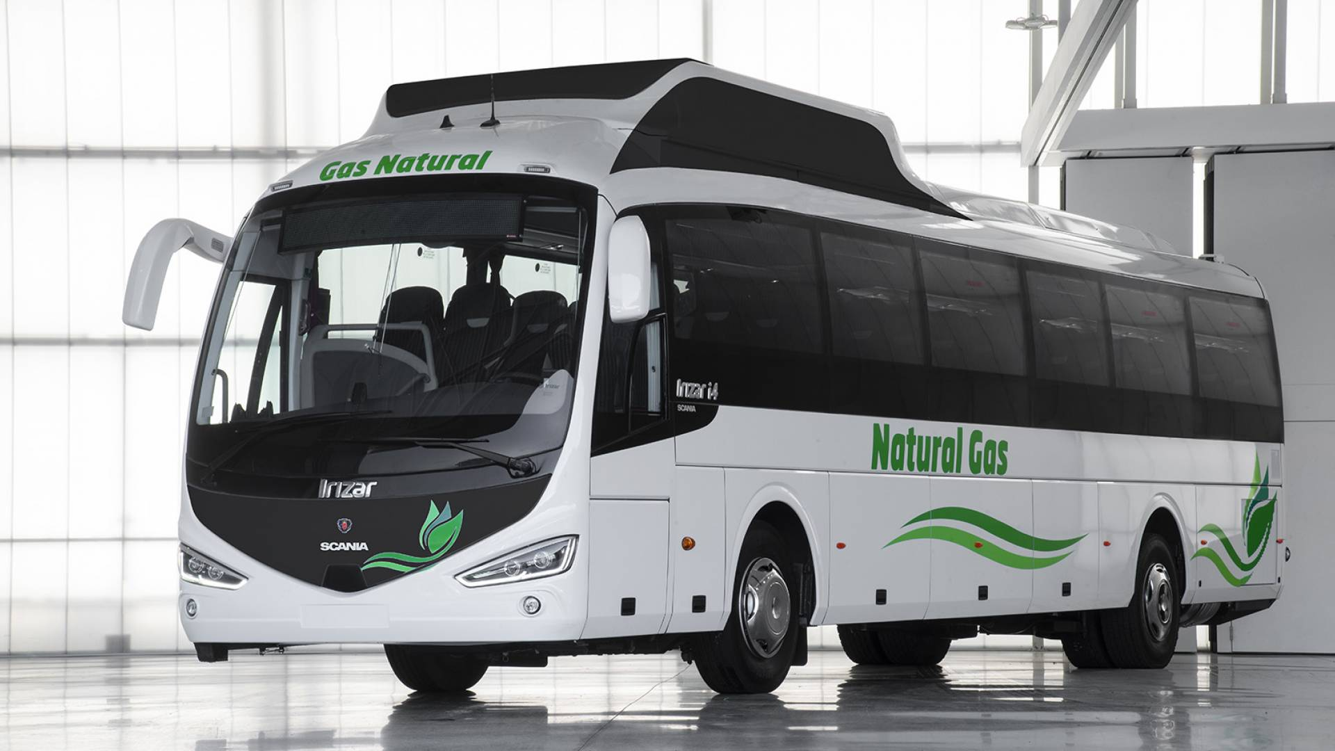 Irizar incorporates natural gas into its range of technologies